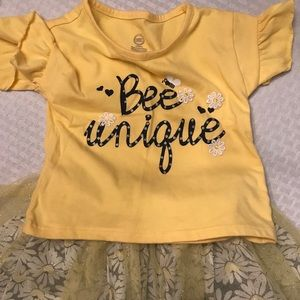 Bee Unique Outfit w/Reversible Skirt